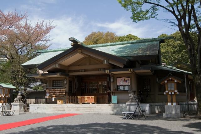 東郷神社拝殿。